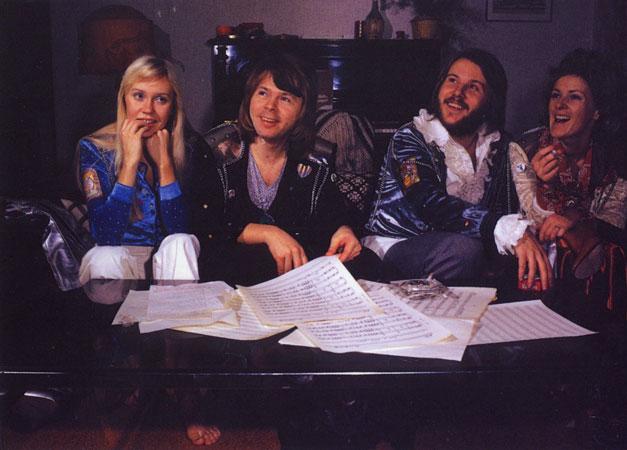 İsveç'in Efsane Grubu ABBA Yeni Şarkılarıyla Dönüyor