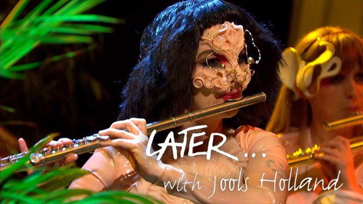 Björk 8 Yıl Sonra Yeniden Televizyonlarda