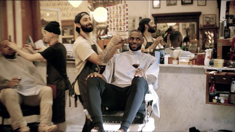 Basketbolcu LeBron James The Shop Adlı Talk Show'uyla Geliyor