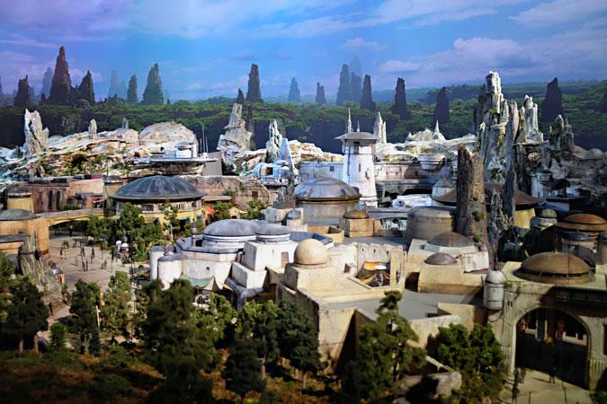 Disney'den Star Wars: Galaxy's Edge Temalı Proje [Video]