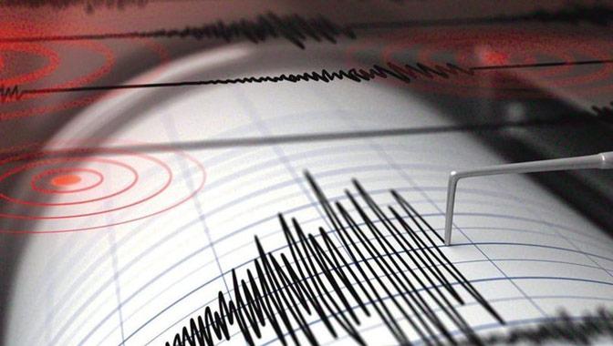 Çanakkale Ayvacık'ta 5.0 şiddetinde deprem! İstanbul, İzmir'de hissedildi!