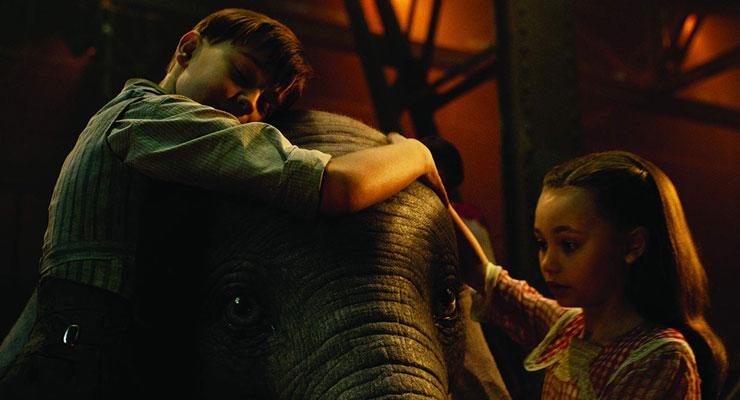 Tim Burton Filmi Dumbo 5 Nisan'da Vizyona Giriyor! [Yeni Fragman]