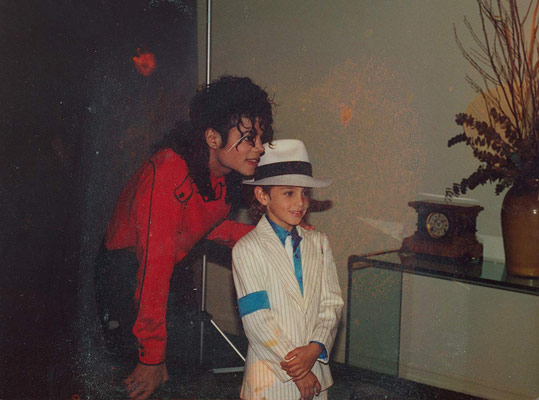 Michael Jackson Leaving Neverland Belgeseli 3-4 Mart'ta! (Fragman)