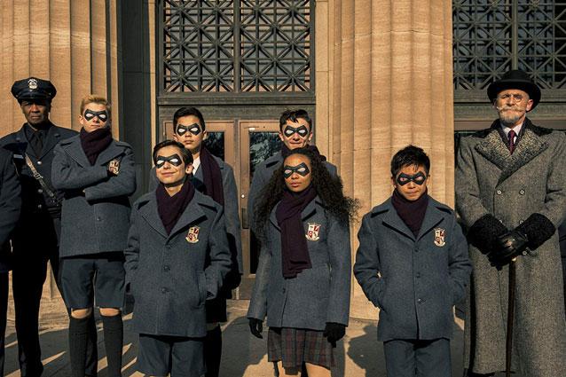 the umbrella academy netflix 1 sezon izle, konusu, oyuncular, dizi