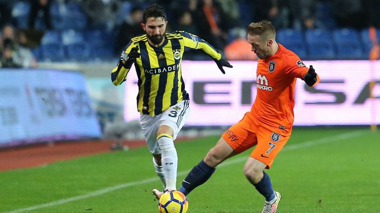 Başakşehir - Fenerbahçe maçı ne zaman saat kaçta hangi kanalda? Canlı!